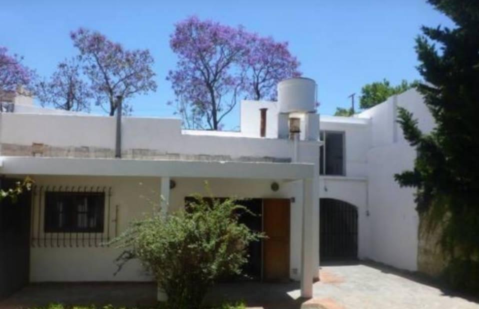 Vendo casa en 25 de Mayo y Belgrano, Zarate