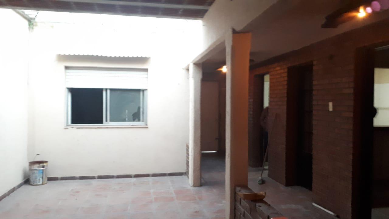 Vendo casa en Barrio Mitre