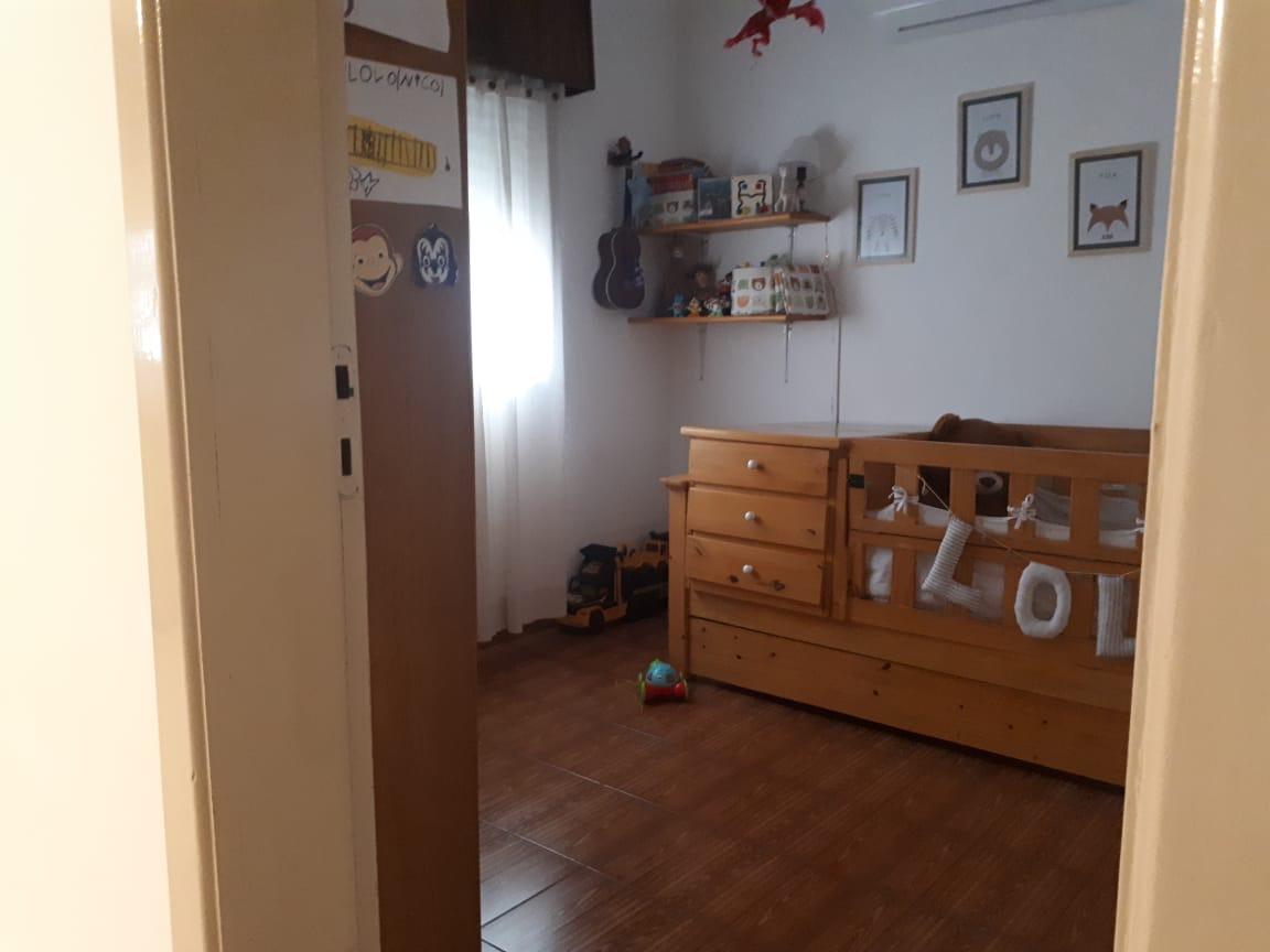 Vendo casa en De La Torre y Soler
