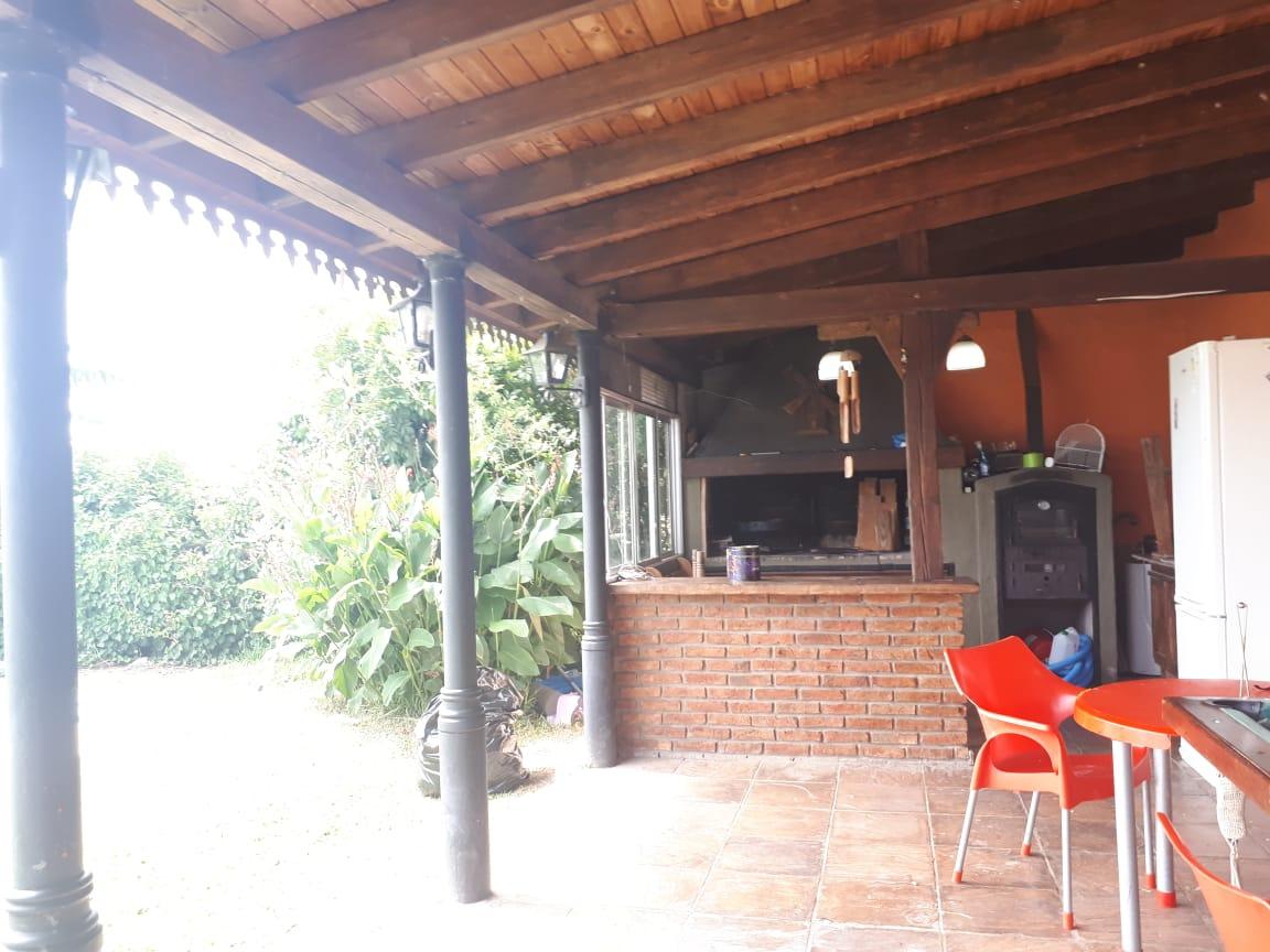 Vendo casa en Los Baguales, Zárate