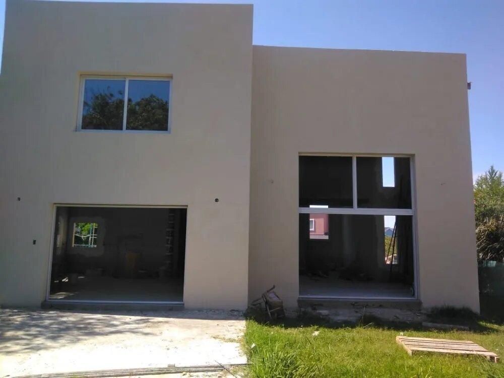 Vendo casa en Estancia Smithfield