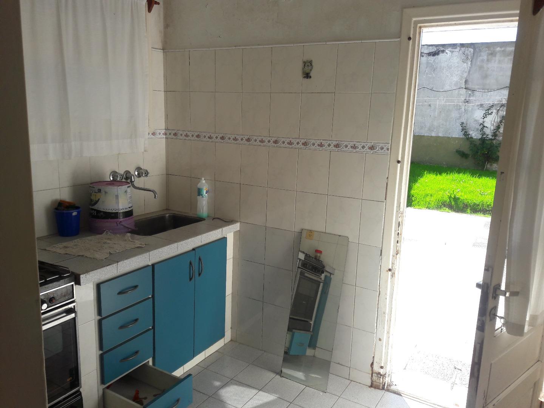 Vendo Casa en Sargento Cabral al 700