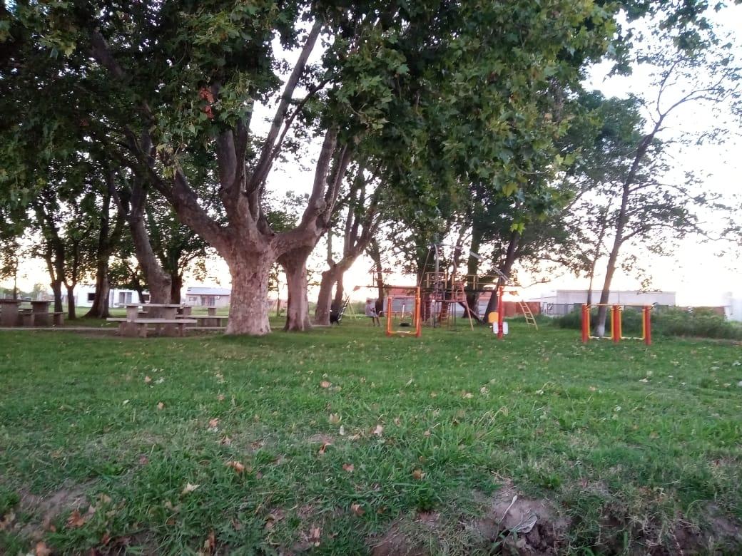 Vendo lote en Barrio Los Naranjos, Zarate