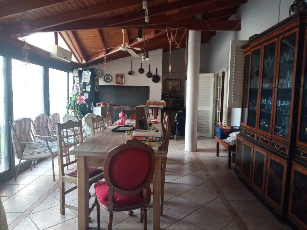 Vendo casa en A.Pacheco al 700, Zárate