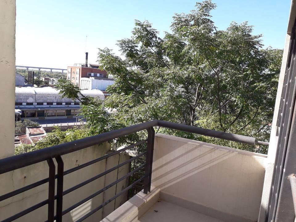 Vendo Departamento calle P.Entre Rios y A. Alsina, Zárate