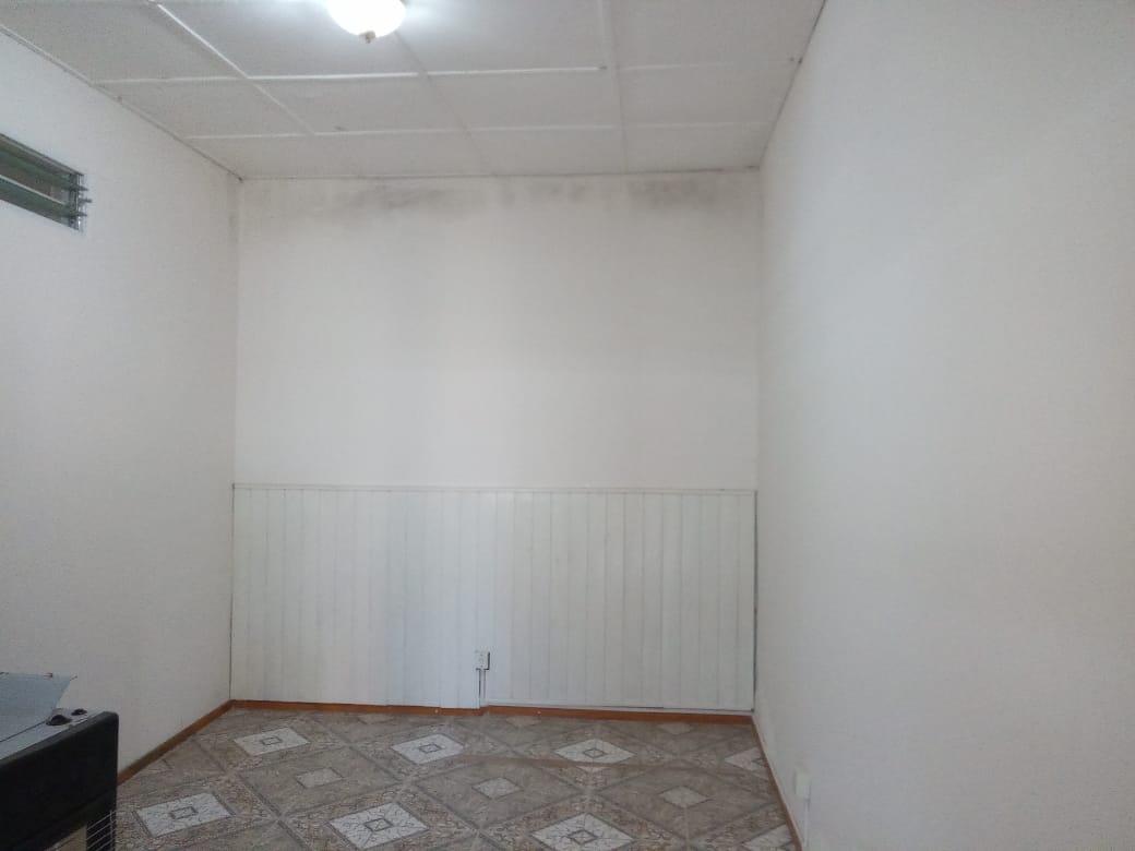 Alquilo casa de 1 dormitorio, V.Alsina 1500, Zárate