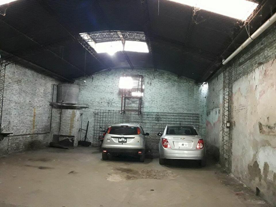 Vendo Galpon con Casa, Avellaneda al 1000, Zárate